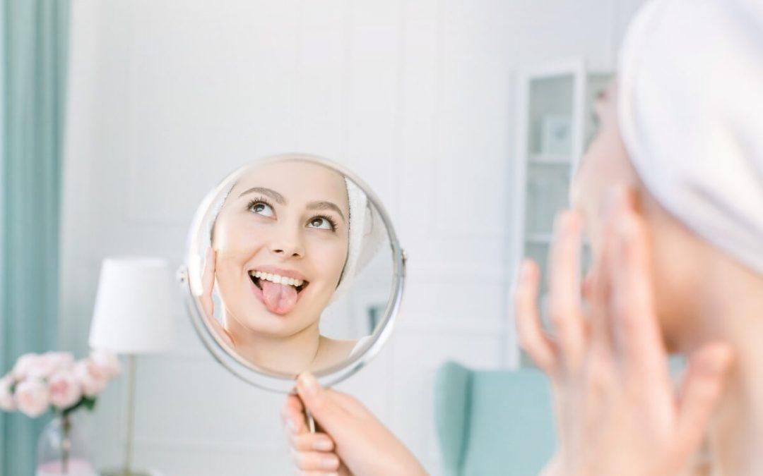 La importancia de limpiar la lengua para tu salud bucal